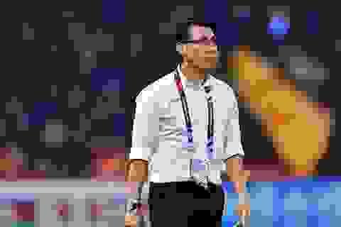 """Báo Malaysia ví HLV Tan Cheng Hoe như """"kẻ ăn xin không được chọn"""""""