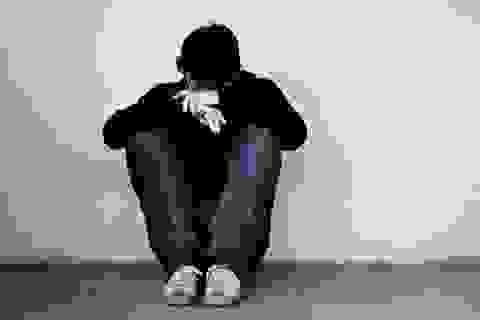 TPHCM: Biểu hiện tâm lý bất ổn, nam sinh lớp 8 rơi từ tầng 3 trường học