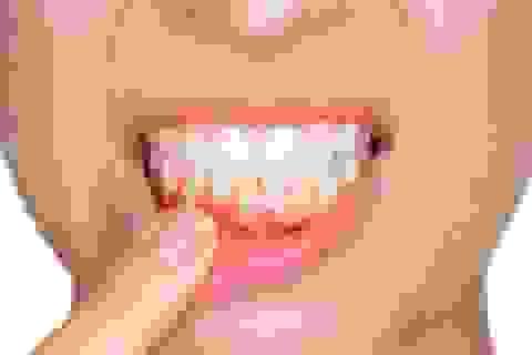 Ung thư đường tiêu hóa rình rập chỉ vì lười... đánh răng