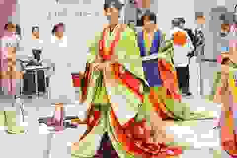 Bộ kimono cổ đắt đỏ nhất Nhật Bản