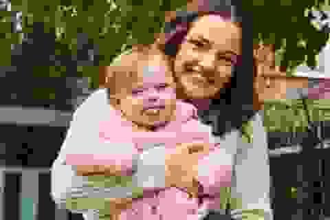 Sau 20 lần sảy thai, mẹ 5 con hạnh phúc đón em bé thứ 6 mắc hội chứng Down
