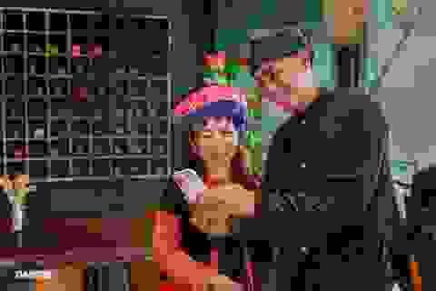 Độc đáo cà phê của vợ chồng A Phủ giữa lòng Sài Gòn
