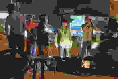 """Hà Nội: Tài xế ô tô bị đánh """"hội đồng"""" sau va chạm giao thông"""