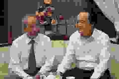 Bộ trưởng Phùng Xuân Nhạ thăm hỏi, chúc mừng các nguyên Bộ trưởng GD&ĐT