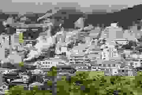 """Tắm onsen khác biệt ở """"thị trấn bốc cháy"""" tại Nhật Bản"""