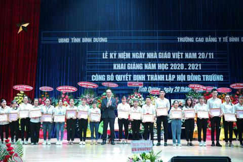 Công ty Rohto-Mentholatum Việt Nam với sứ mệnh vì cộng đồng và tiếp sức vùng lũ