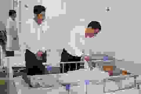 Ngành giáo dục Nghệ An chăm lo các nhà giáo đang điều trị tại bệnh viện