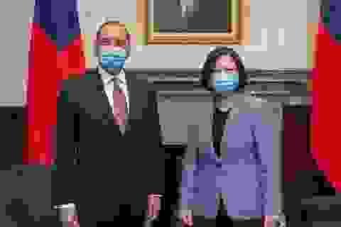 Quan chức Mỹ bí ẩn thăm Đài Loan