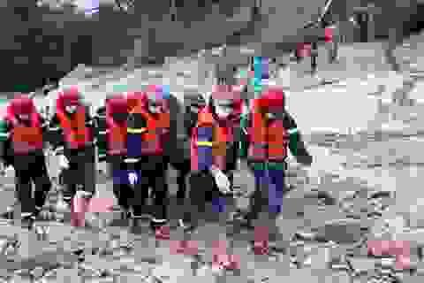 Tìm thấy 1 thi thể công nhân dưới lòng sông Rào Trăng