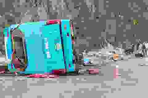 Bộ Công an: Đánh giá độ an toàn với chiếc xe khách vừa gặp nạn ở Hòa Bình