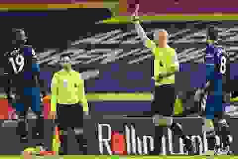 Pepe bị đuổi, Arsenal may mắn có điểm trước Leeds
