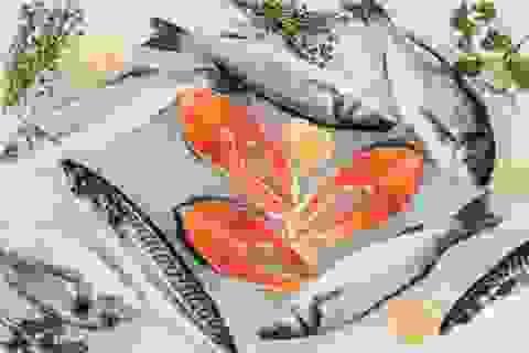"""Dưỡng chất có nhiều trong cá là """"khắc tinh"""" của ung thư"""
