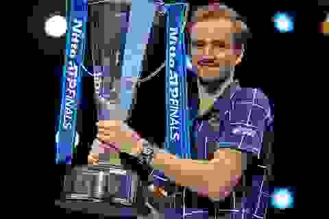 Daniil Medvedev lần đầu tiên vô địch ATP Finals