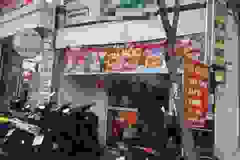 Cô gái bị cướp kéo lê trên đường ở Sài Gòn