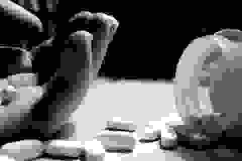 TPHCM: Nữ sinh lớp 12 tự vẫn, nghi bị trầm cảm