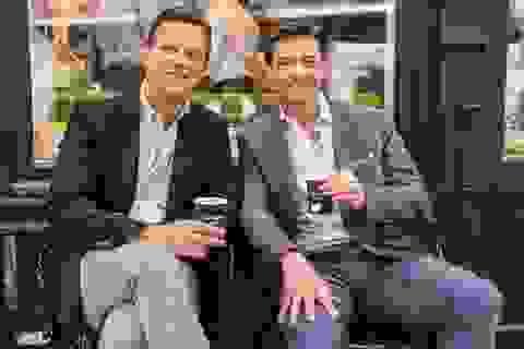 """Trải nghiệm uống cà phê ở quán của tài tử """"Người Sói"""" Hugh Jackman"""