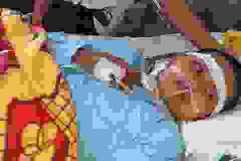 Rớt nước mắt cảnh người phụ nữ nghèo kiệt quệ sau vụ tai nạn giao thông