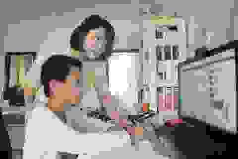 Trung Quốc: Giáo viên yêu cầu phụ huynh... chấm điểm bài về nhà của con