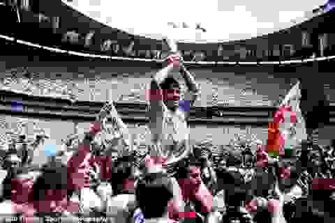 """Một đời hào phóng và cái """"chết nghèo"""" của huyền thoại Diego Maradona"""