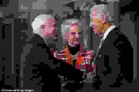 Giúp ông Biden thắng Arizona, vợ ông John McCain được xem xét làm đại sứ Mỹ