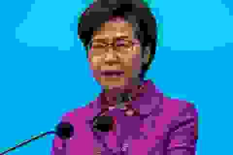 """Lãnh đạo Hong Kong giữ """"cả đống tiền mặt ở nhà"""" do lệnh trừng phạt của Mỹ"""