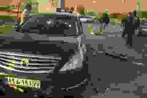 Iran thề trả thù sau khi nhà khoa học hàng đầu nghi bị ám sát