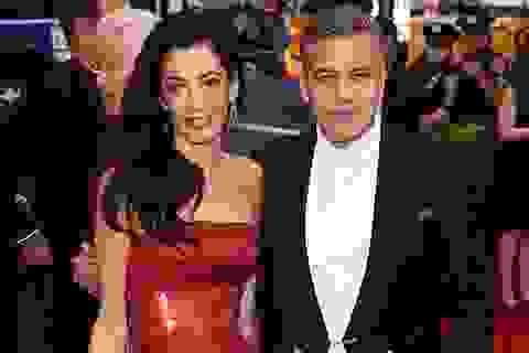 George Clooney bị sốc khi có cặp sinh đôi ở tuổi U60