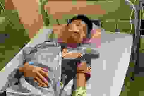Hà Nội: Học sinh cầm dao truy đuổi nhau trong trường