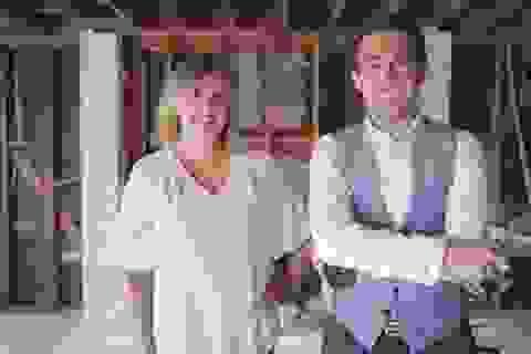 Cặp vợ chồng trẻ kiếm 6 triệu USD mỗi năm từ YouTube và bất động sản