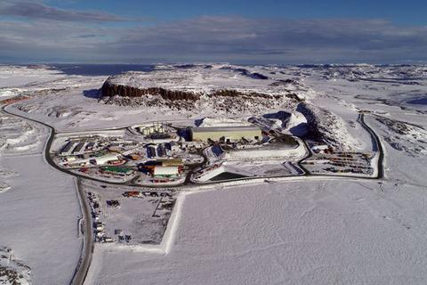 Canada điều tra vụ công ty Trung Quốc mua mỏ vàng ở Bắc Cực