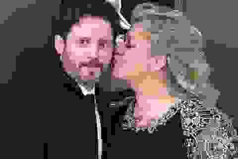 Chồng cũ của Kelly Clarkson đòi vợ chi gần 500 nghìn USD mỗi tháng