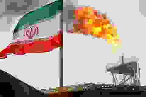 """Iran dọa giáng đòn """"sấm sét"""": Chảo lửa Trung Đông chực chờ bùng cháy"""