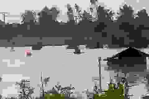 Chèo thuyền giữa mưa lũ đi trông hồ cá, nam thanh niên bị nước cuốn tử vong