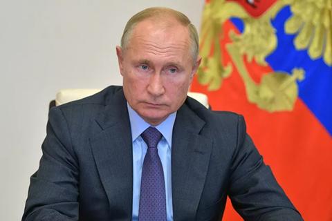Ông Putin lệnh tiêm chủng hàng loạt vắc xin Covid-19