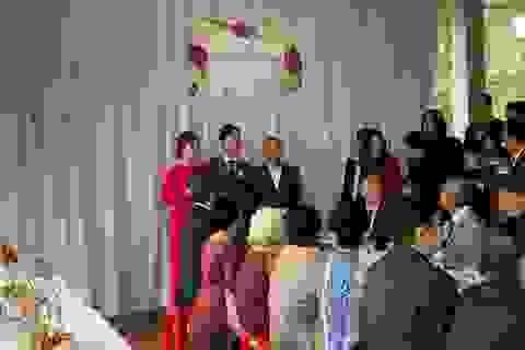 Cô dâu Viên Minh mặc giản dị ra mắt nhà Công Phượng