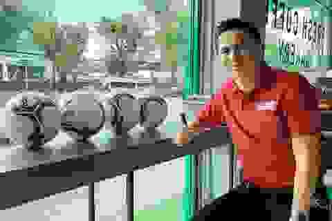 Kiatisuk họp trực tuyến với HA Gia Lai trước khi sang Việt Nam