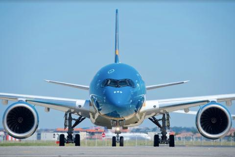 """Bộ Giao thông """"hỏa tốc"""" yêu cầu Vietnam Airlines kiểm điểm cá nhân, tập thể"""