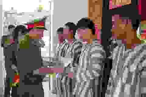 46 phạm nhân được giảm án, đặc xá ra tù trước thời hạn
