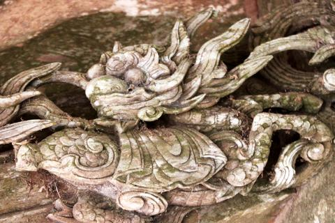 Chiêm ngưỡng nghệ thuật chạm khắc gỗ ở ngôi đền tuổi đời 3 thế kỷ