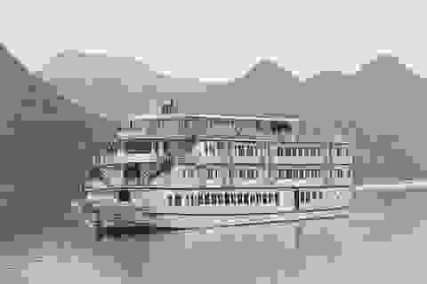 Công bố giá vé tàu phục vụ du khách tham quan Vịnh Hạ Long