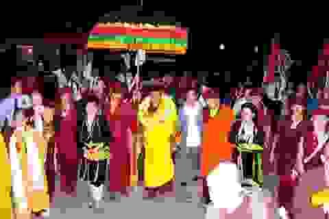Hàng vạn người dự lễ cầu Quốc Thái dân an cùng Đức Pháp Vương