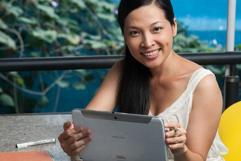 Ngô Thái Uyên: Làm nghệ thuật không nên sợ công nghệ