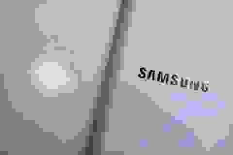 """Apple, Samsung tính chuyện """"dàn hòa""""?"""