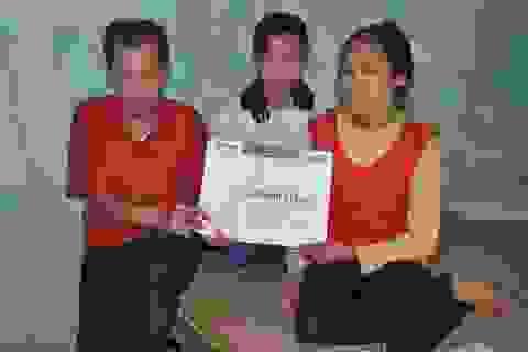 Hơn 71 triệu đến với gia đình chồng tật nguyền khâu nón cho vợ đi viện