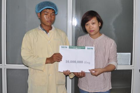 Quỹ Nhân ái hỗ trợ nóng 10 triệu đồng đến người mẹ bỏng xăng 80% cơ thể