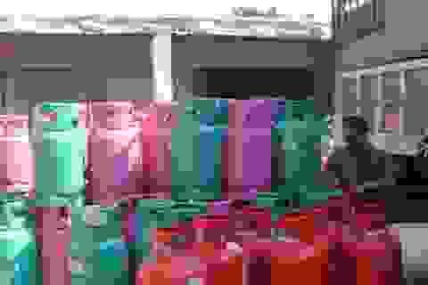 Bắt giữ hơn 1.600 vỏ bình gas không rõ nguồn gốc