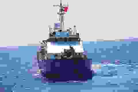 Thêm một tàu cảnh sát biển cập bờ sửa chữa hư hại