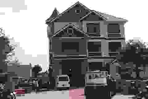 Vụ sát hại 2 vợ chồng trong biệt thự: Lộ diện hung thủ trong camera