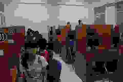 Lớp tiếng Anh đặc biệt dành cho học sinh nghèo, mồ côi