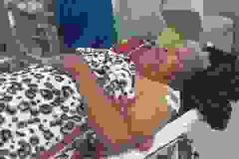 Phó trưởng công an xã bị đâm trọng thương trước trụ sở làm việc